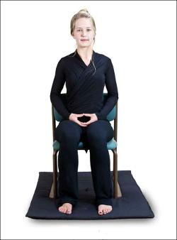 medytacja na krześle