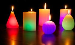świece kolorowe